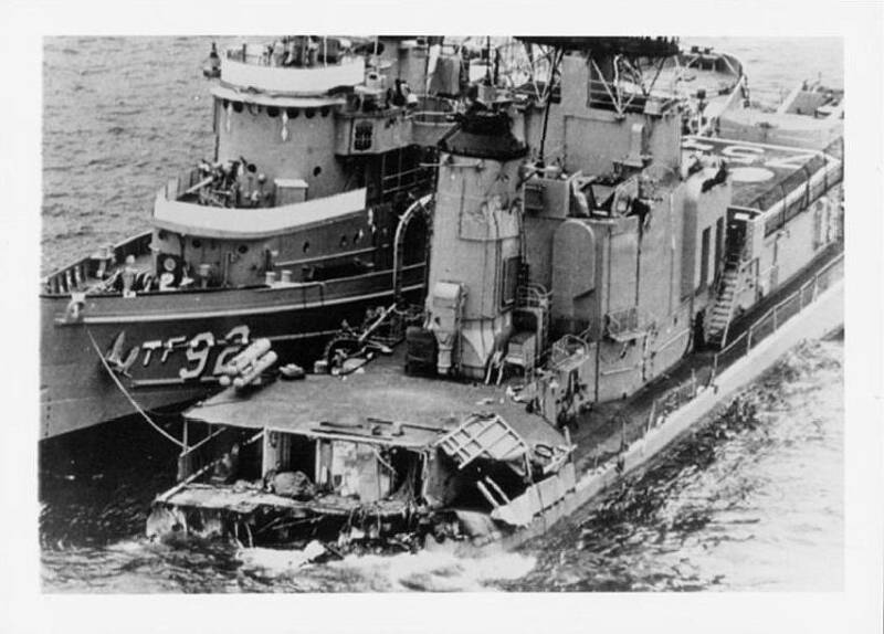 USS Frank E. Evans alongside TF 92 after collision. June 4 1969 op 800x5741